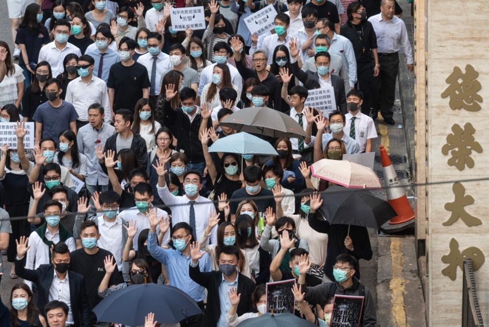 اتجاه لـ«احتواء» أزمة هونغ كونغ: «تنقيح» آلية اختيار الرئيس