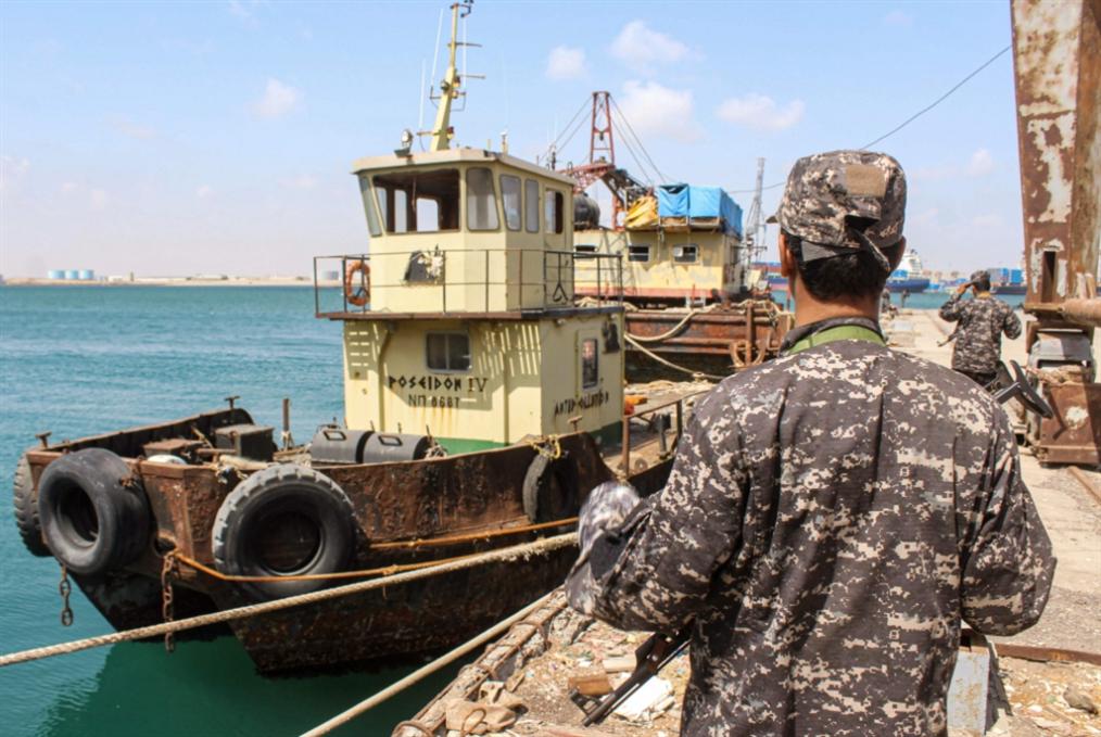 عملية نوعية في المخا: صنعاء تفاوض بالنار