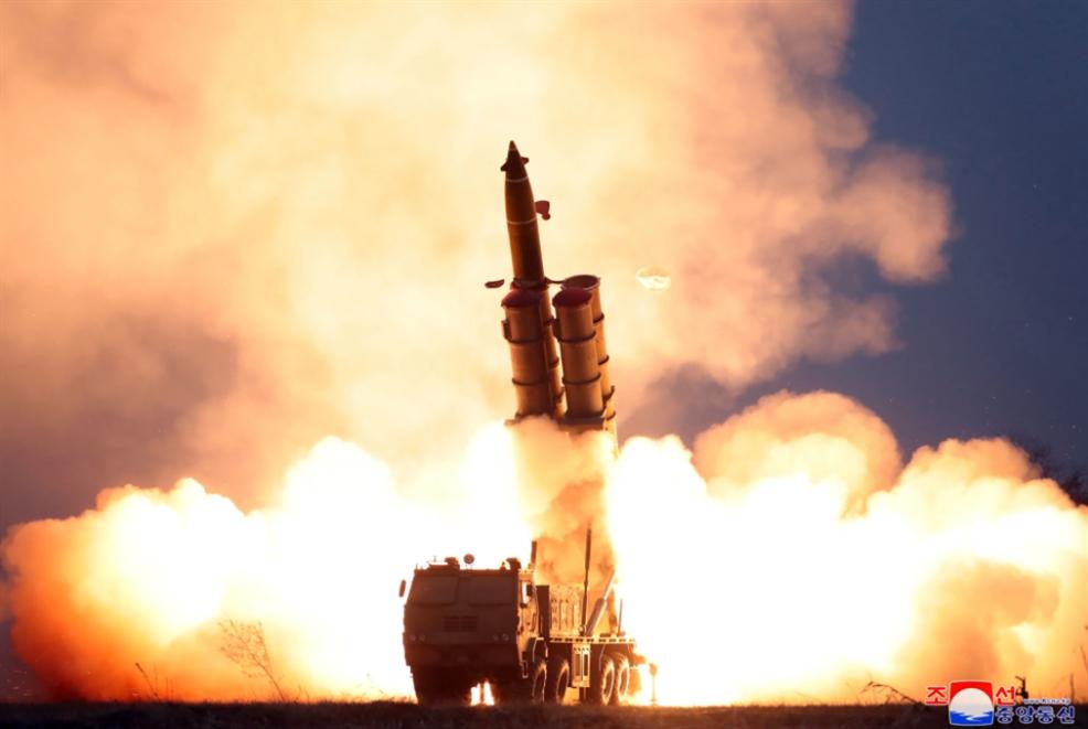 بيونغ يانغ تختبر منصّة لإطلاق صواريخ