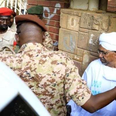 السودان | جدل حول حلّ حزب البشير: تحذيرات من عودة  الانقلابات