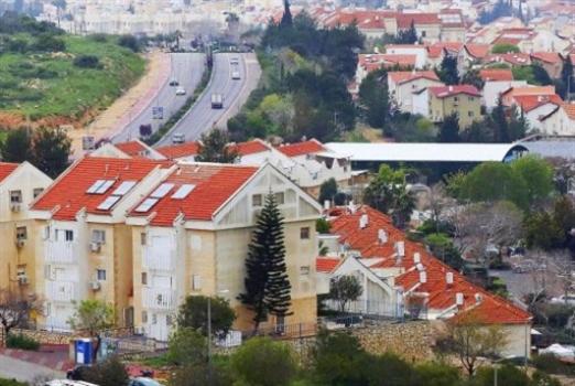 على طريق «ضمّ الضفة»:  إسرائيل تمحو «الخط الأخضر»... بالمواصلات!