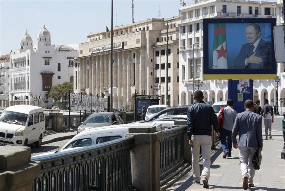 الجزائر   بين الدستور و«الحياد»: الجيش في جدل الرئاسيات السياسي