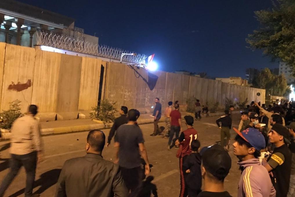 إحراق القنصلية الإيرانية في كربلاء: ترامب يتابع!