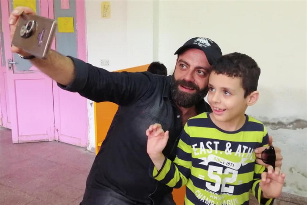 عند أطفال سوريا المصابين بالتوحّد... الخبر اليقين!