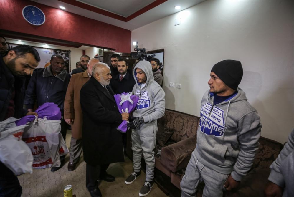 «بحرية غزة» لا تُعامِل بالمثل: إنقاذ صيّادين مصريين