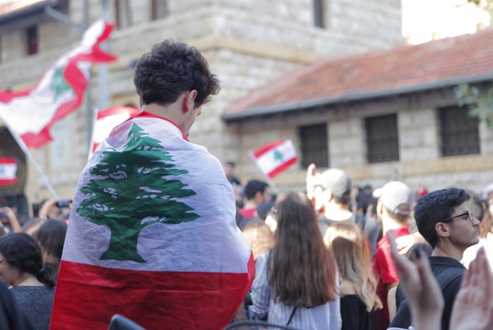 عن لبنان «ديمقراطي»، أو الخراب