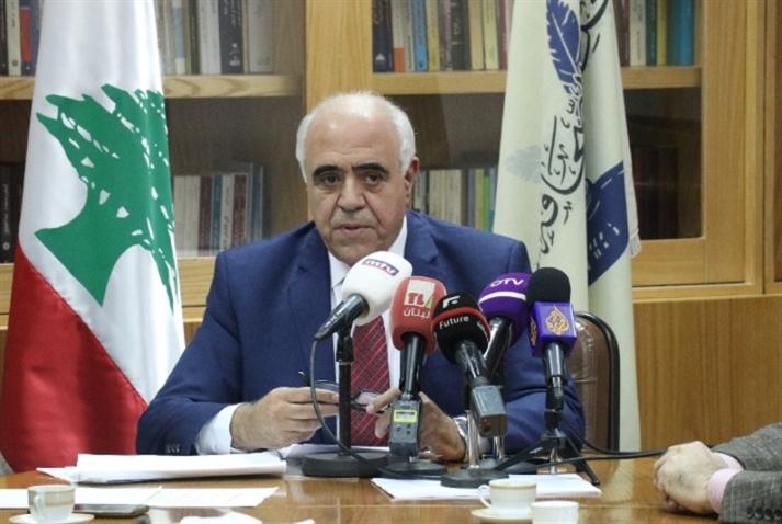 نقيب المحررين يناشد وزير الإعلام السعودي