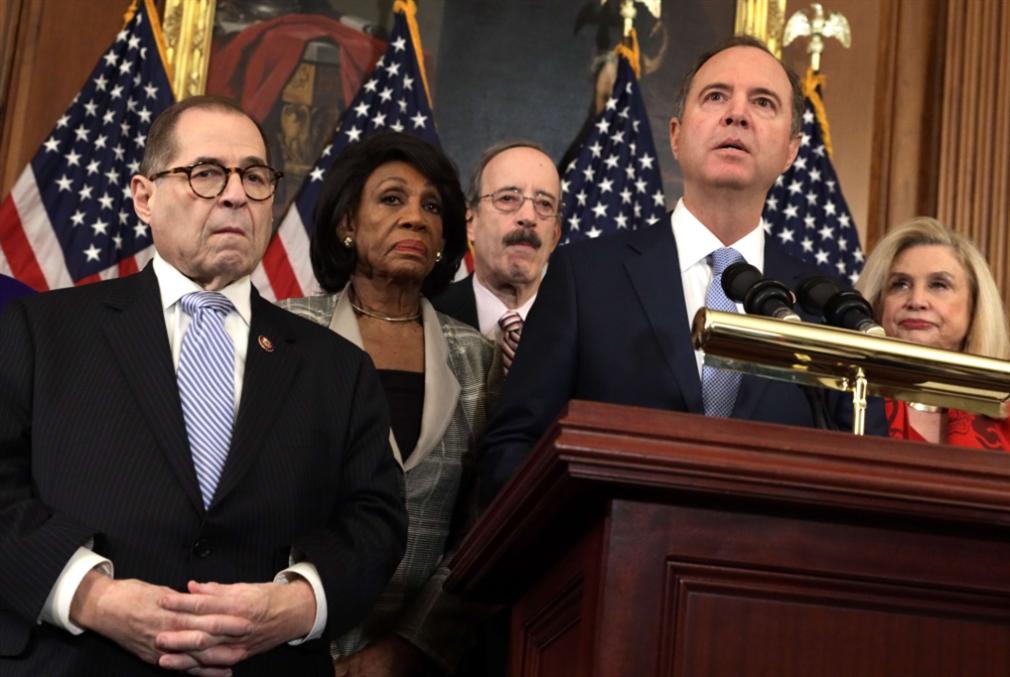 الديمقراطيون يواصلون معركتهم: لائحتا اتهام في حقّ ترامب