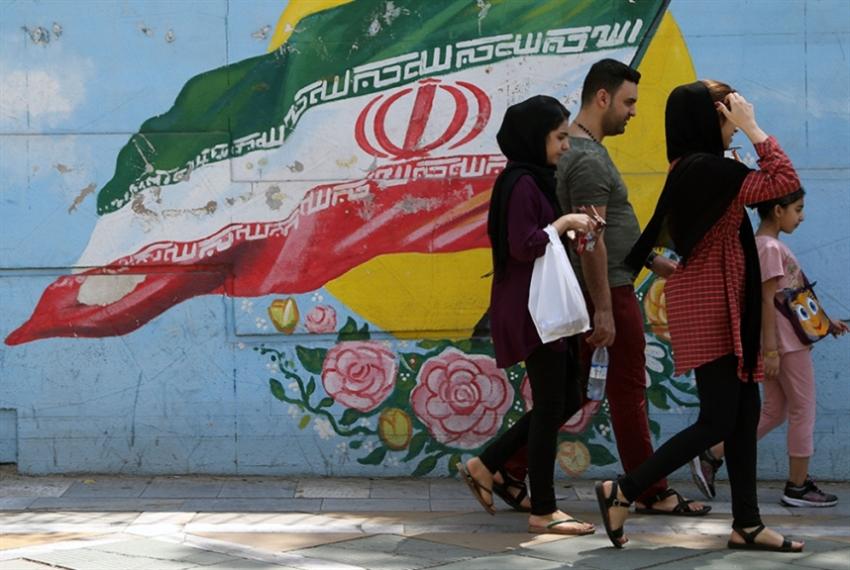«رويترز»: قناة سويسرية لنقل إمدادات إنسانية إلى إيران خلال أشهر!