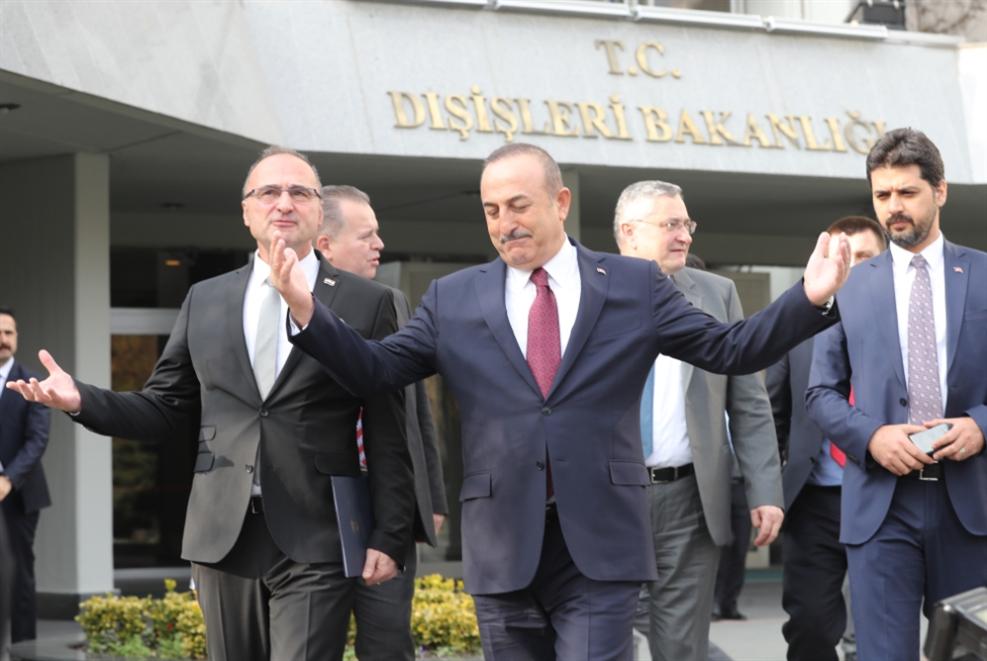 «الكونغرس» أمام تصويت على معاقبة تركيا... وأنقرة تلوّح بورقة «إنجرليك»