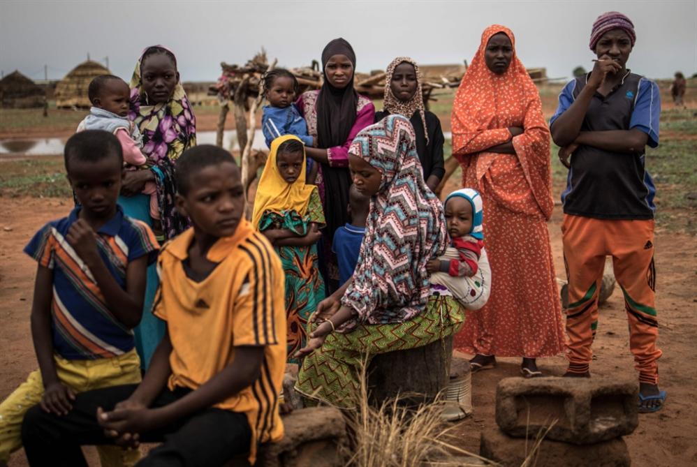 أعنف الهجمات في النيجر... أكثر من 60 قتيلاً في هجوم على معسكر للجيش