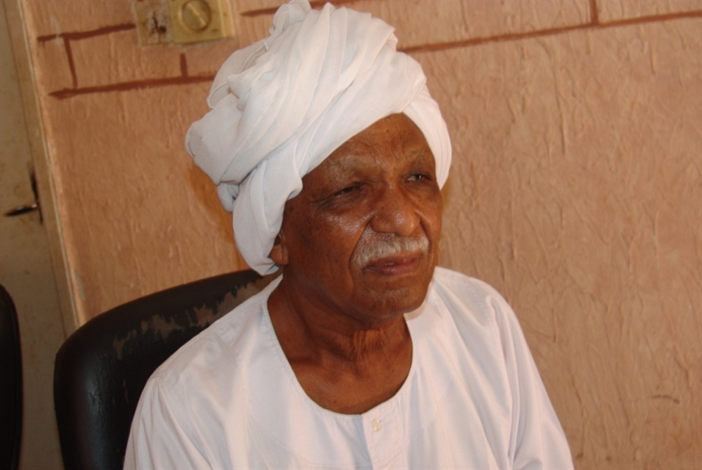 الأمين العام للشيوعي السوداني: في بلدنا أكبر مركز لـCIA في افريقيا
