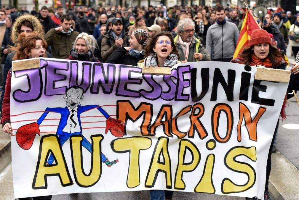 فرنسا | الإضراب المفتوح يدخل الأسبوع الثاني: هل يستمر حتّى عيد الميلاد؟