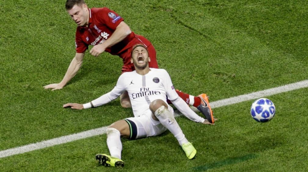 صورة حديث كرة القدم: نيمار الـ«كراكوز»، صيد آرسنال «الثمين»، وميسي ليس الأفضل في عينيّ رونالدينيو