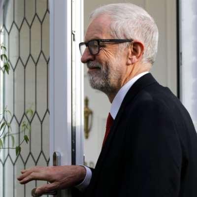 كوربن يعتذر لـ«العماليين» عن الهزيمة... ويدافع عن برنامجه الانتخابي