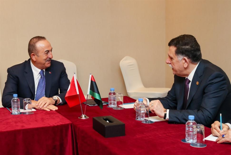 إردوغان يستقبل السراج مجدّداً...  و«الوفاق» تغلق سفارتها في القاهرة