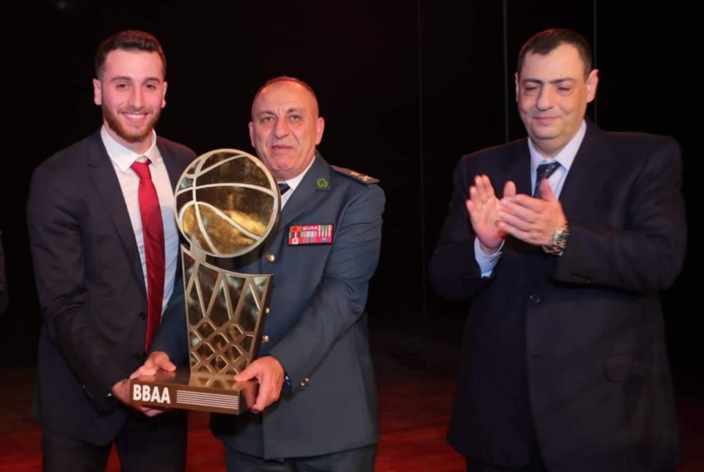وائل عرقجي أفضل لاعب في لبنان