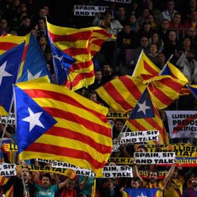 «تسونامي ديمقراطي» يَضرب كلاسيكو إسبانيا