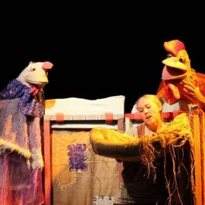 مسرح الدمى... صيصان و«كفرمنخار»