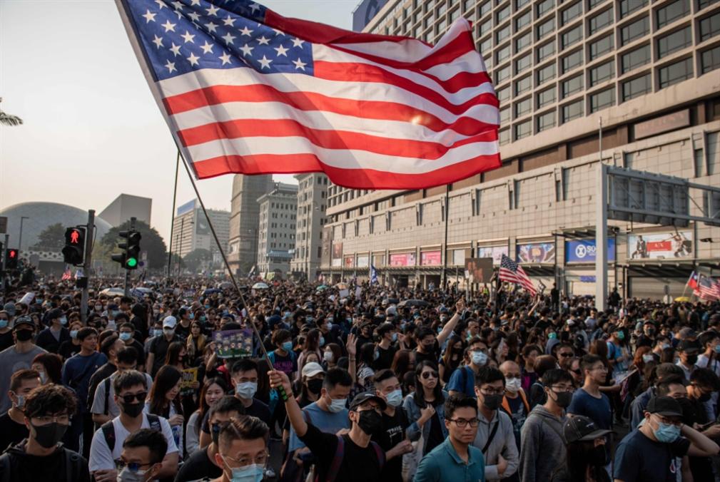هونغ كونغ ساحة  حرب صينية - أميركية: الاتفاق التجاري مُهدَّد