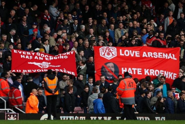 حديث كرة القدم: كابوس أرسنال ونجاح مورينيو و«عنصرية» برشلونة