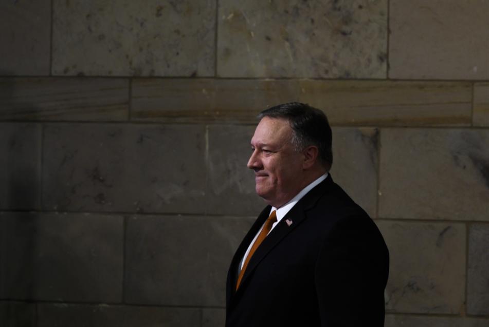 جدار أوروبي في وجه واشنطن: هل تلغي الولايات المتحدة مؤتمر وارسو؟