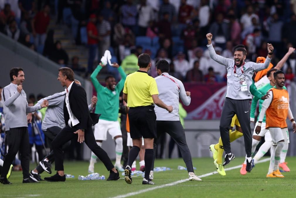 البحرين والسعودية في النهائي