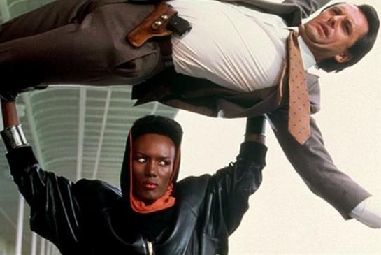 كاري فوكوناغا: حاولت استمالة غريس جونز!