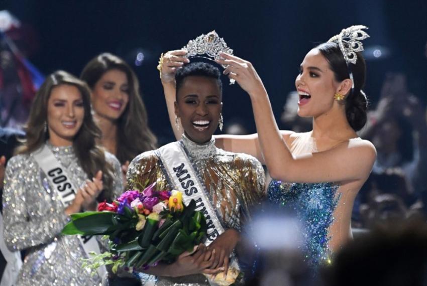 زوزيبيني توزني ملكة جمال الكون 2019