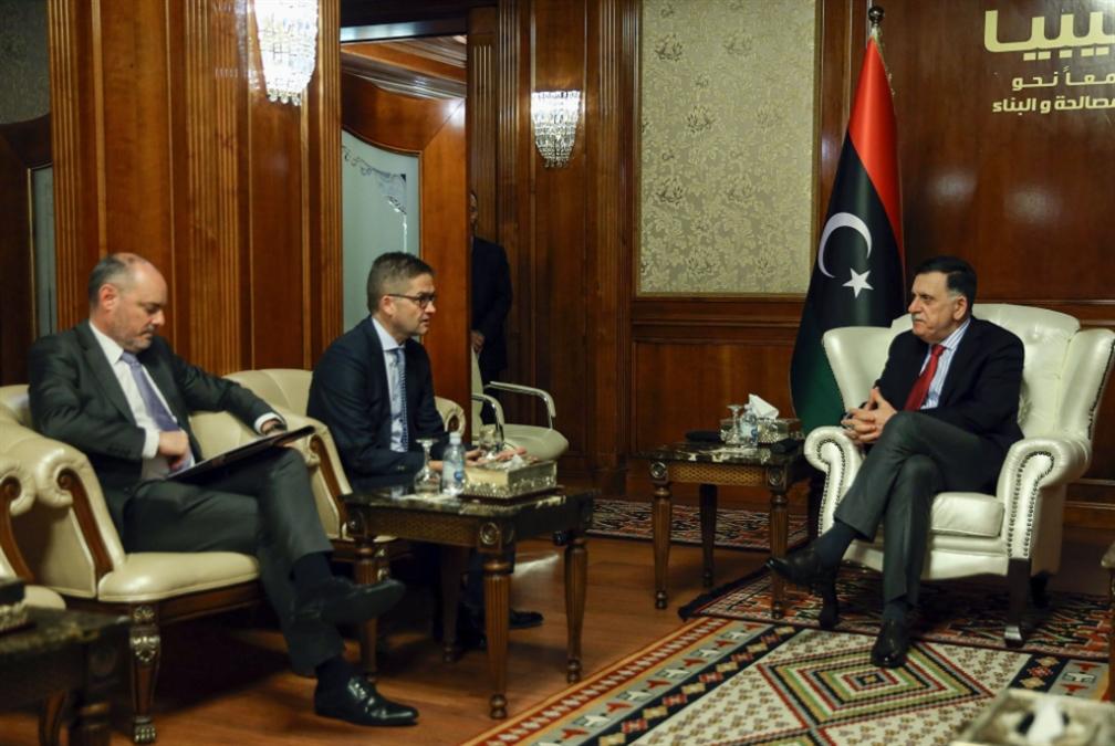 ليبيا | الميدان يرجّح كفّة حفتر: لا حلول سياسيّة في الأفق