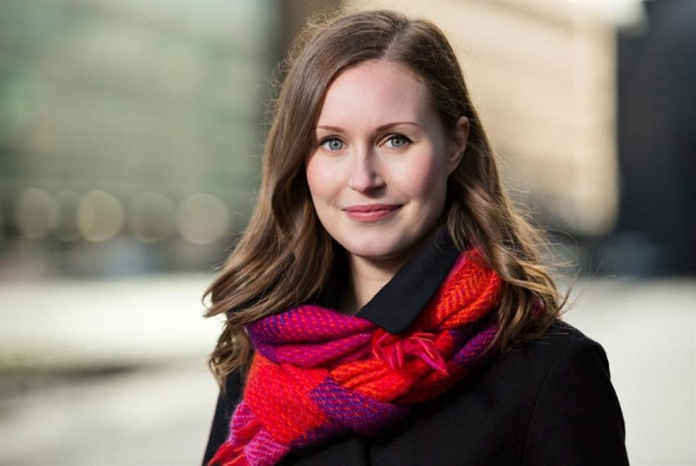 سانّا مارين تقود فنلندا: أصغر رئيس (ة) وزراء في العالم!