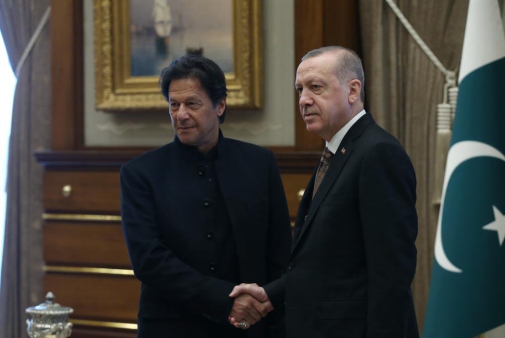 عمران خان في أنقرة: دوافع اقتصادية لباكستان... وفوائد سياسية لتركيا