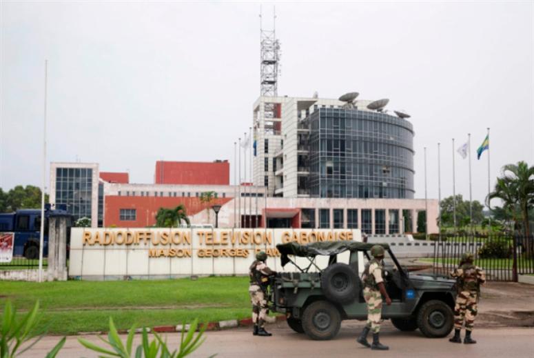 حكومة الغابون: سيطرنا على الوضع