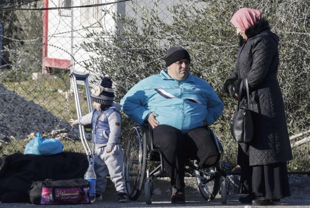 حكومة بـ24 وزيراً... والمصريون إلى غزة