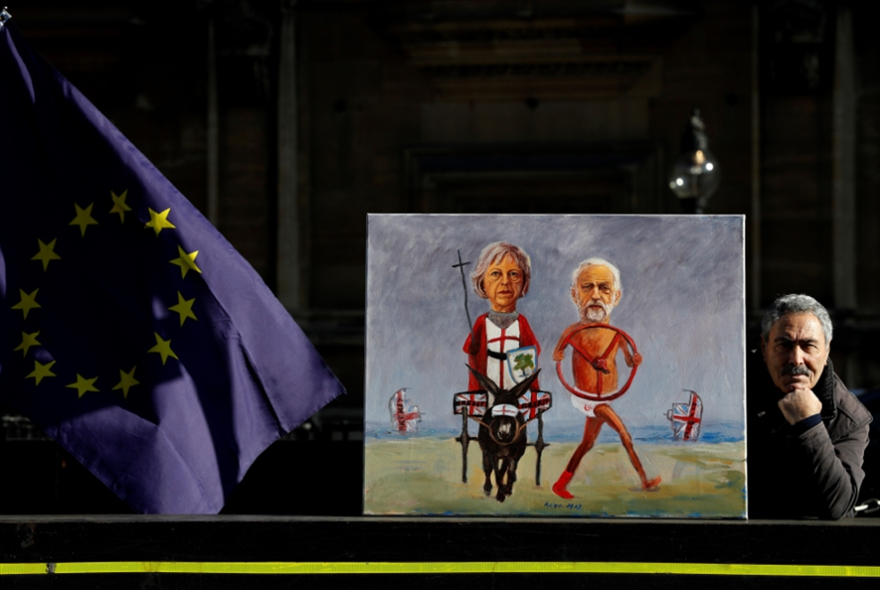 ماي تتجاهل هزيمة ثالثة: إلى بروكسل مجدداً