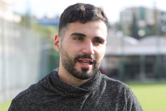 سوني سعد: توقيعي مع نادي الأنصار كان خياراً صائباً