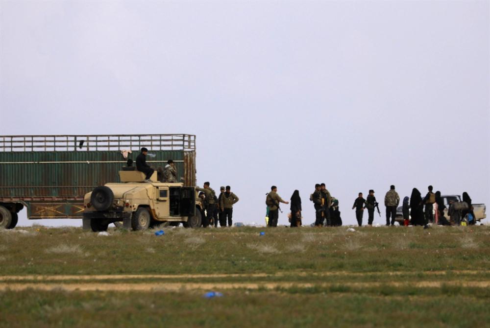 «التحالف» يعتّم على عمليات الباغوز... و«داعش» ينشط «أمنياً»