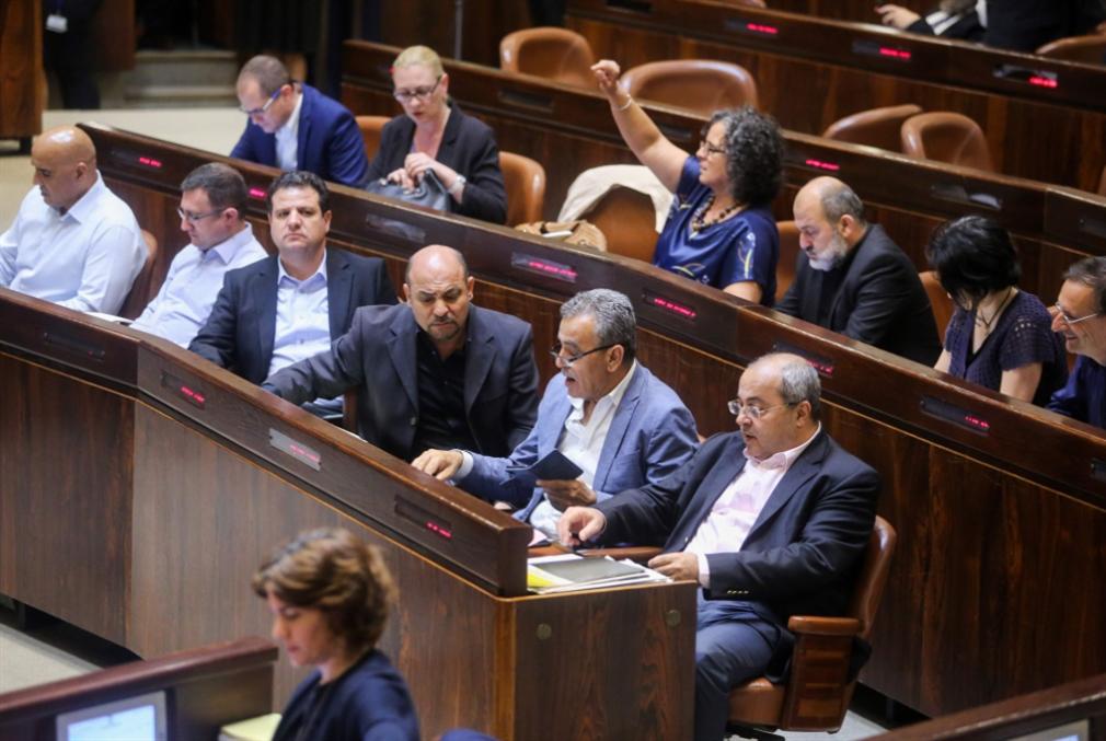 المصالح تفرّق الأحزاب العربية: لا جدوى من المشاركة