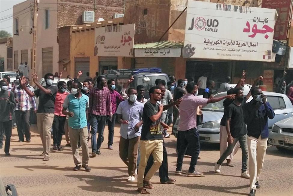 السودان | المحتجّون يتجاهلون تودّد السلطات: الاعتراف وحده لا يكفي