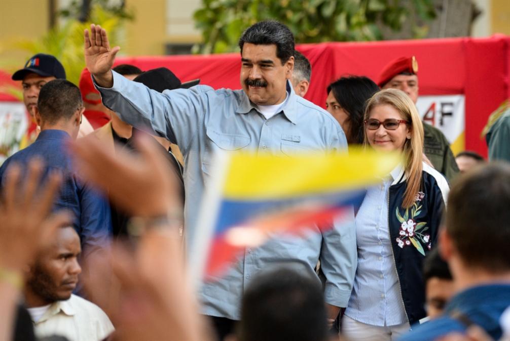 مادورو ينفي اتهامات بومبيو: لا علاقة لنا بحزب الله