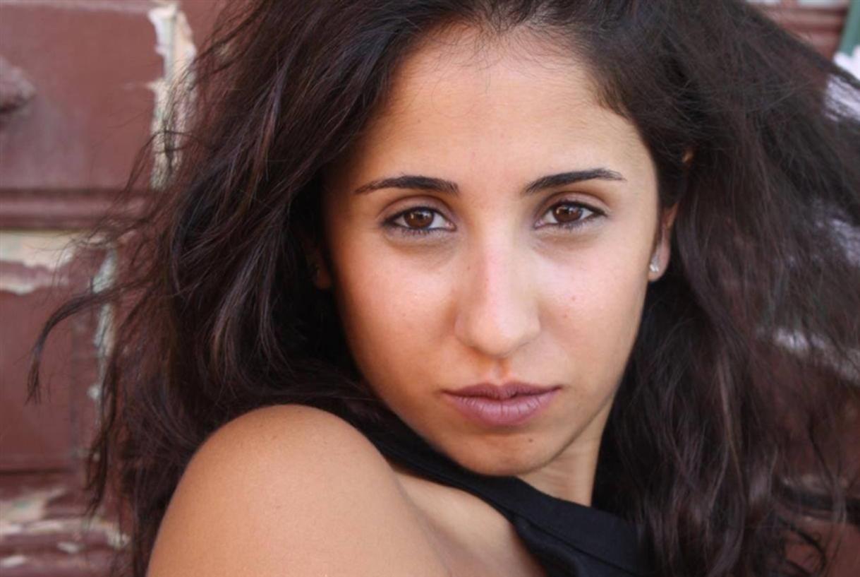 مسرح «إشبيلية»: للنساء فقط!
