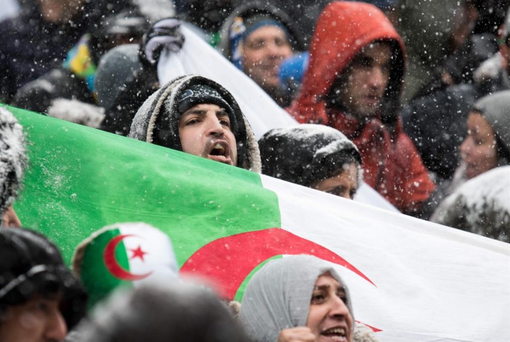 عودة بوتفليقة: نحو حلّ الحكومة وتأجيل الانتخابات؟