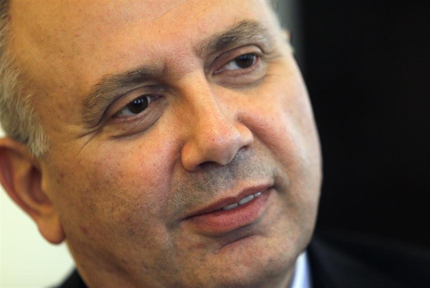 الحريري والبنك الدولي: نموذج الخفّة اللبنانية