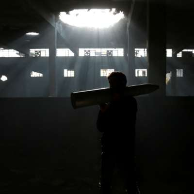 صراع الحدود والوجود: الدخان لا يزال أسود