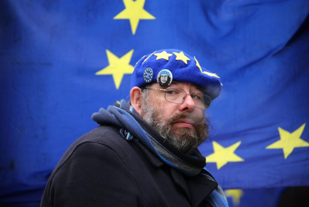 ماي تحشد لـ«التصويت الثالث»... والأوروبيون يستعدون لسقوطها؟