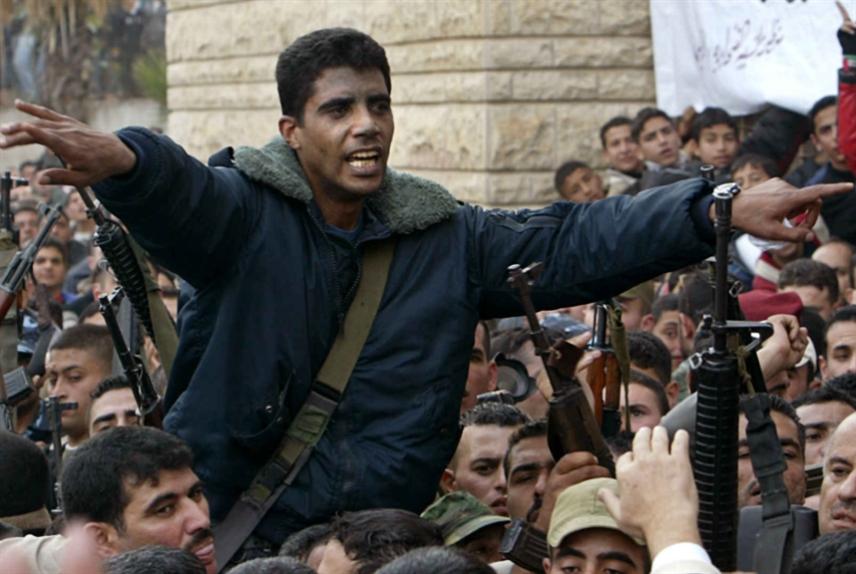 فلسطين | اعتقال زكريا الزبيدي: إسرائيل لا تنسى!
