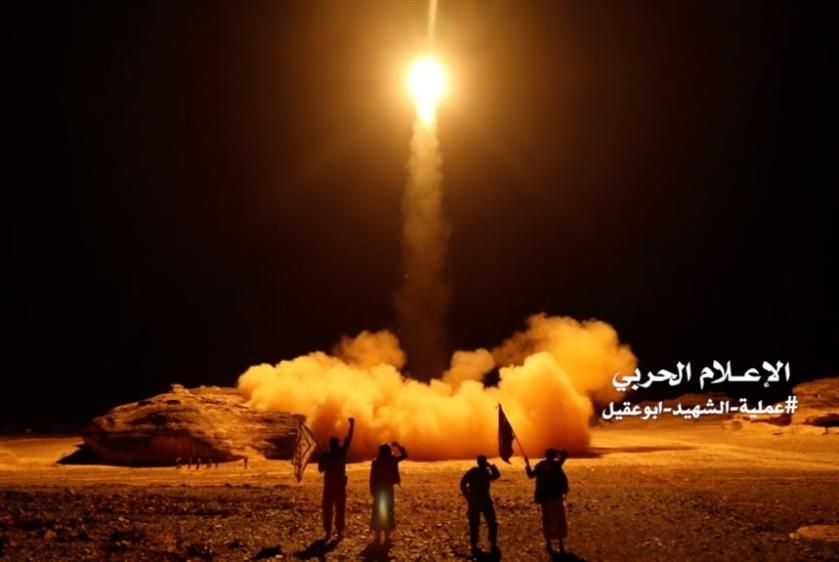 الإعلام الحربي: «الحفاة» يوجعون الرياض
