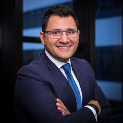 البنك اللبناني الفرنسي: المساهم الدائم في دراسة الشباب