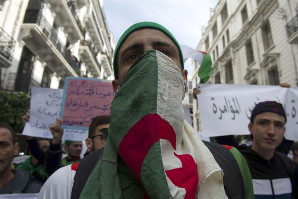 دعوة الجيش تقابَل بالفتور: مخاوف من إعادة إنتاج «النظام»