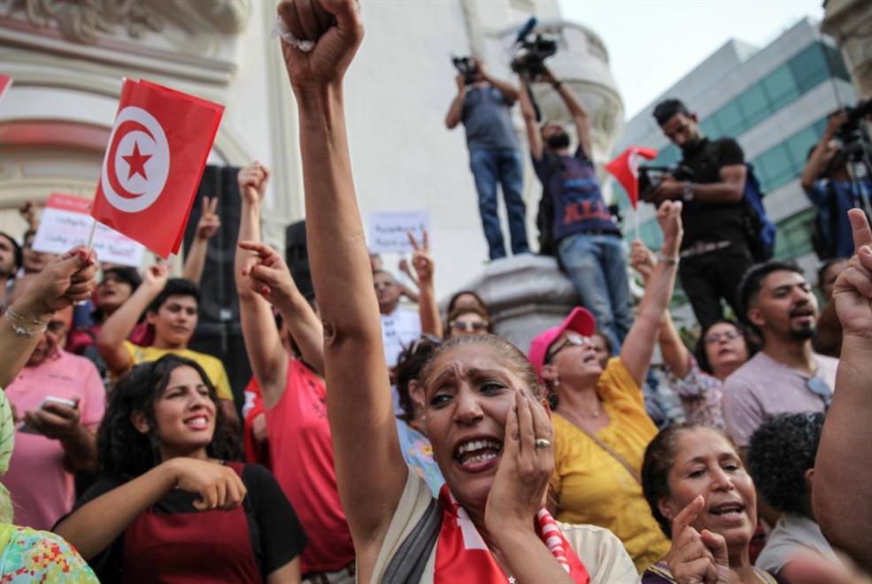 النسوية في تونس: مراوحة بين النضال وجندرة السياسة